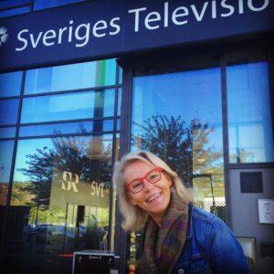 Ylva M Andersson utanför Sverige Television.
